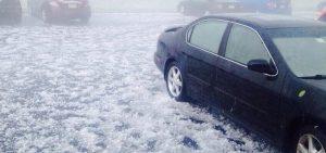 Як захистити свій автомобіль від пошкодження градом